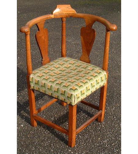 F3: Elm corner chairs